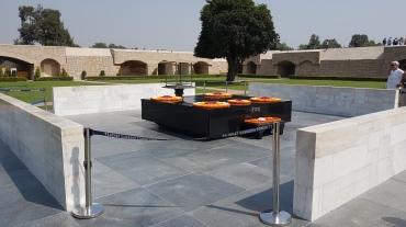 A la mémoire de Ghandi
