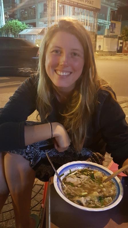 Au coin d'une rue, soupe aux raviolis !