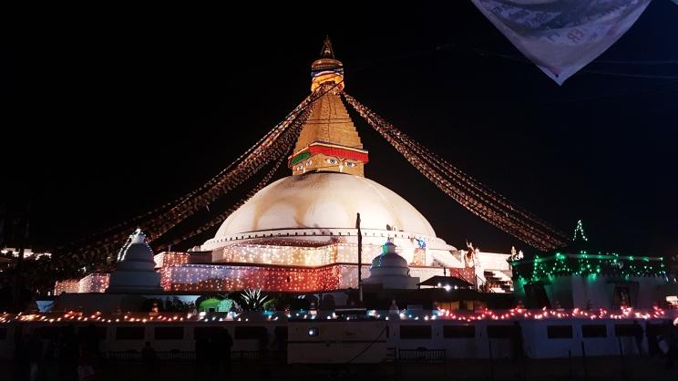 La grande Stupa de nuit