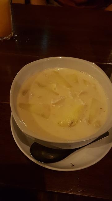 Soupe lait de coco et ananas
