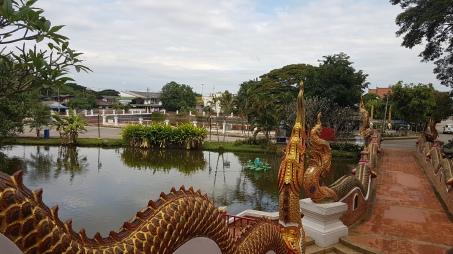 Vue depuis le Wat Phra Kaew Don Tao